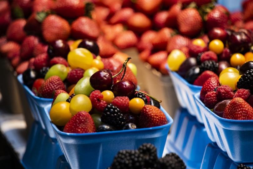 fruit-basket-at-market